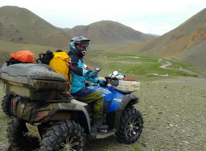 квадроцикл  в горах